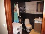 Vonia ir tualetas. Flat4Rent