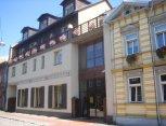 """Viešbutis """"Porins"""" ir restoranas """"Medus"""" Latvijoje"""