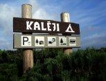 """Kempingas """"Kalēji"""": vietos kemperiams, palapinėms, namelių nuoma Liepojoje"""