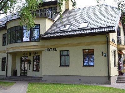 """Viešbutis """"Kaķis"""" Latvijoje"""