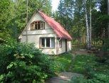 """Sodyba """"Tinēji"""" prie ežero Latvijoje"""